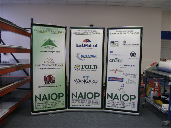 Tradeshow Graphics Milwaukee | Corporate Conference Signs ...